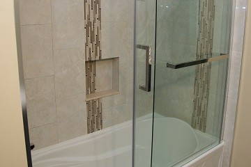 Innovative 29 Ideas To Use All 4 Bahtroom Border Tile Types  DigsDigs