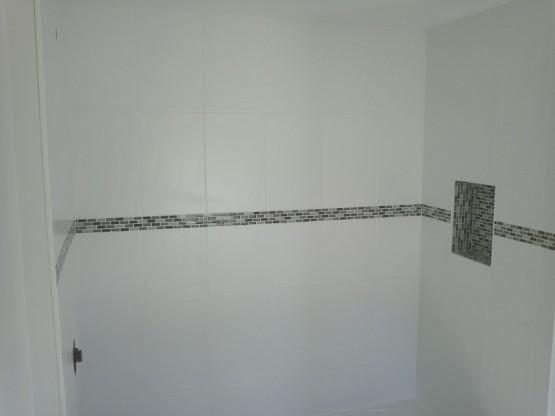 Bathroom Renos Border tile Niche Nook South Dr Burlington ON By Adept Services Renovation Contractor